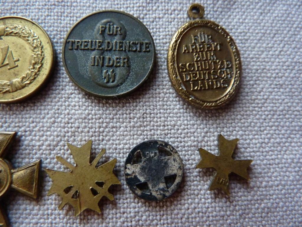 Rappel de 3 décorations Militaire  P1320717