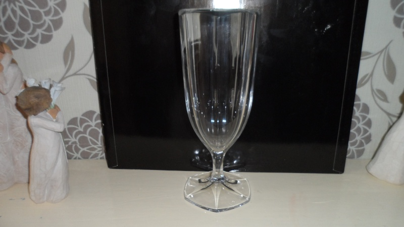 crystal glass vase stamped with rll mark Sam_0410