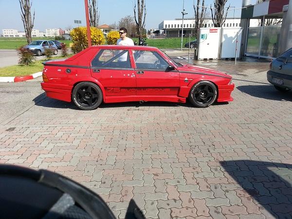 Aussi en Italie le 75 turbo revit  75_tur13