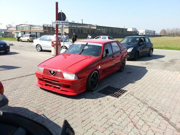 Aussi en Italie le 75 turbo revit  75_tur15