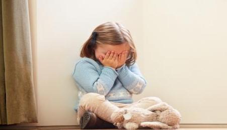 موضوع مهم للآباء والأمهات.. كيف تحمي طفلك من التحرش ؟ 01280