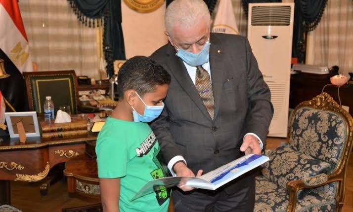 رسالة وزير التعليم للطفل مهند صاحب فكرة مادة القيم واحترام الآخر 01611