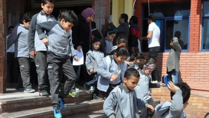 """ردا على شائعات كورونا.. """"التعليم"""" تقرر تأجيل تجارب إخلاء المدارس 0964"""