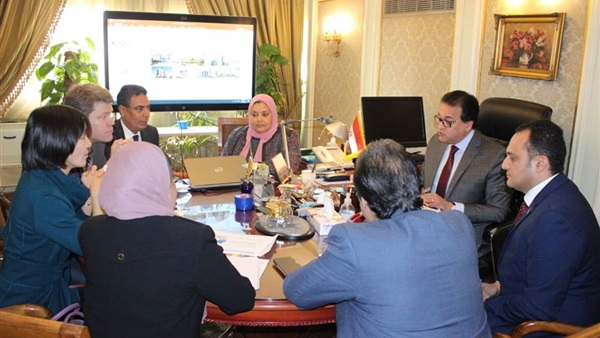 وزير التعليم العالي يبحث التعاون مع البنك الدولي في المجالات التعليمية والبحثية.. والتعاقد مع المصرية للاتصالات لتطوير البنية المعلوماتية 11536