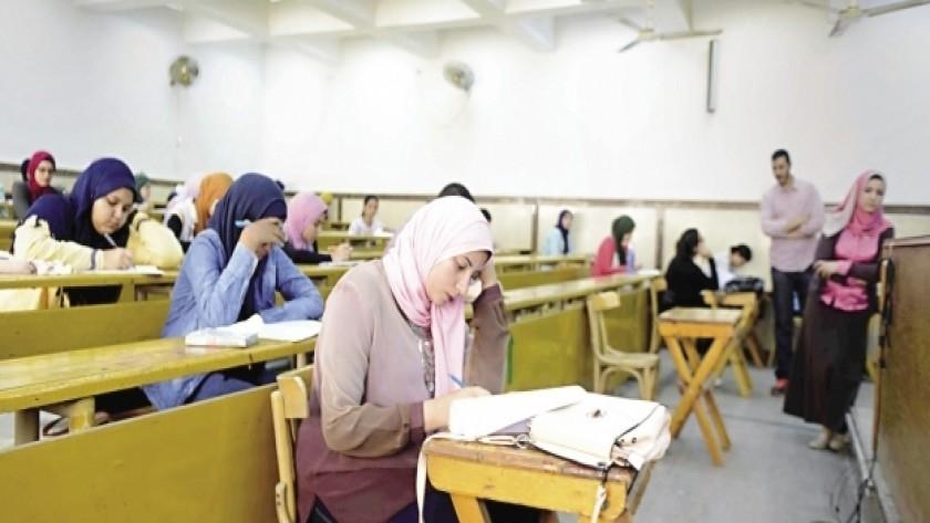 """مواعيد بدء امتحانات البكالوريوس والليسانس بالجامعات """"جميع الكليات"""" 11876"""