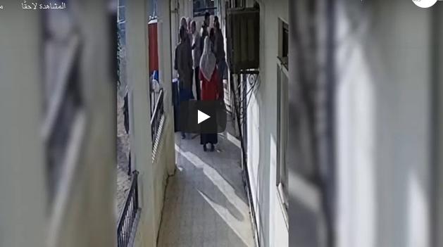 فيديو    اعتداء مدير إدارة على معلم بمحافظة الشرقية.. والتعليم تفتح تحقيق عاجل 1205