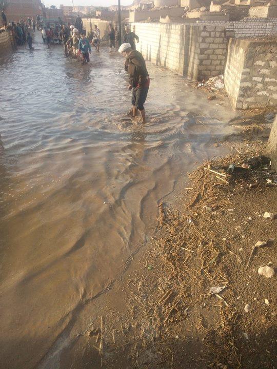بالصور.. السيول تهاجم أسيوط والمحافظة تعلن حالة الطوارئ 13311110