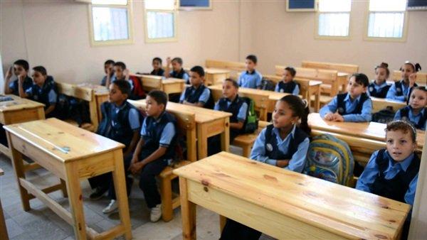 التعليم تكشف حقيقة انتشار مرض التيفويد في مدرسة بالتجمع الخامس  17312