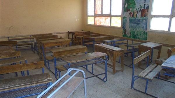 تحويل مدرسة كاملة بالمنيا للتحقيق لعدم وجود الطلاب والمعلمين 18410