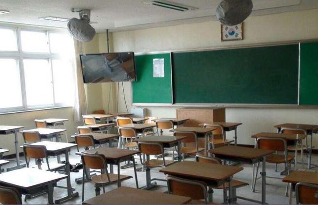 بعد ارتفاع عدد الحالات إلى 17 وفاة و3513 مصابا بكورونا.. إيران تقرر إغلاق المدارس 19_20211