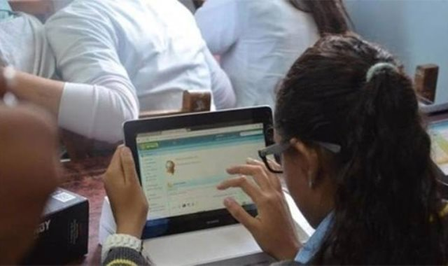 لطلاب أولى ثانوي..  ضوابط ونماذج الامتحانات الالكترونية في مارس المقبل 20181230
