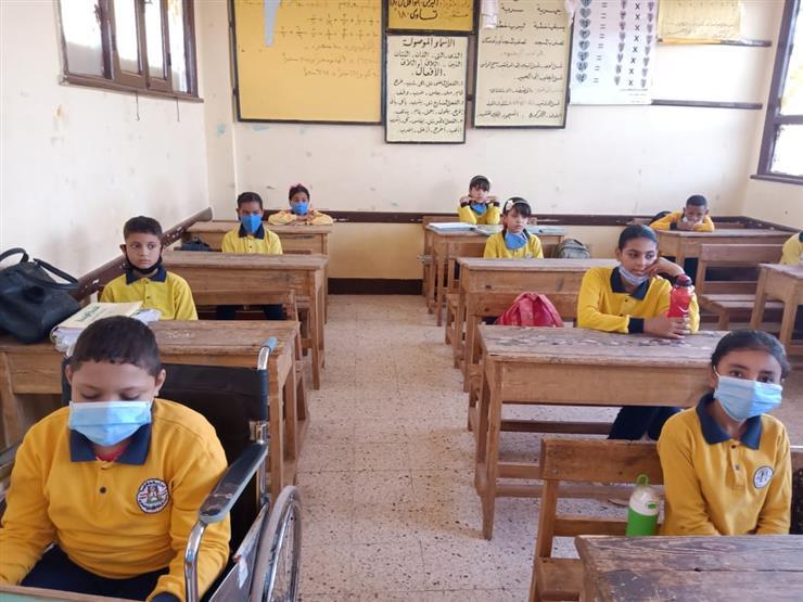 """مطالب بعقد امتحانات الترم الثاني لطلاب المدارس """"اونلاين"""" 2020_120"""
