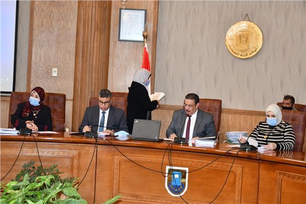 جامعة قناة السويس تعلن مواعيد امتحانات الترم الأول  20210120