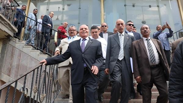 """نقيب المعلمين يقود مسيرة لدعم الإستفتاء على التعديلات الدستورية """"صور"""" 21142"""