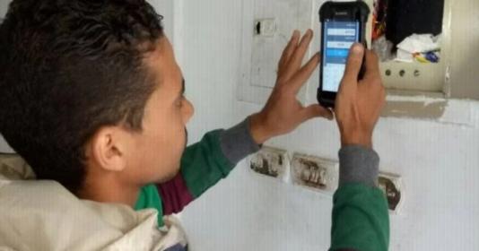 الكهرباء: توزيع 12 ألف تابلت على الكشافين لمواجهة التلاعب والقراءات الخاطئة للعدادات 3561