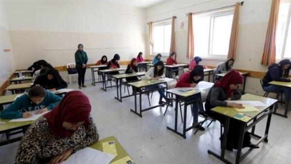 التعليم تعلن اجراءات التعامل في حالة ظهور أعراض كورونا على طالب أثناء الامتحان 37512