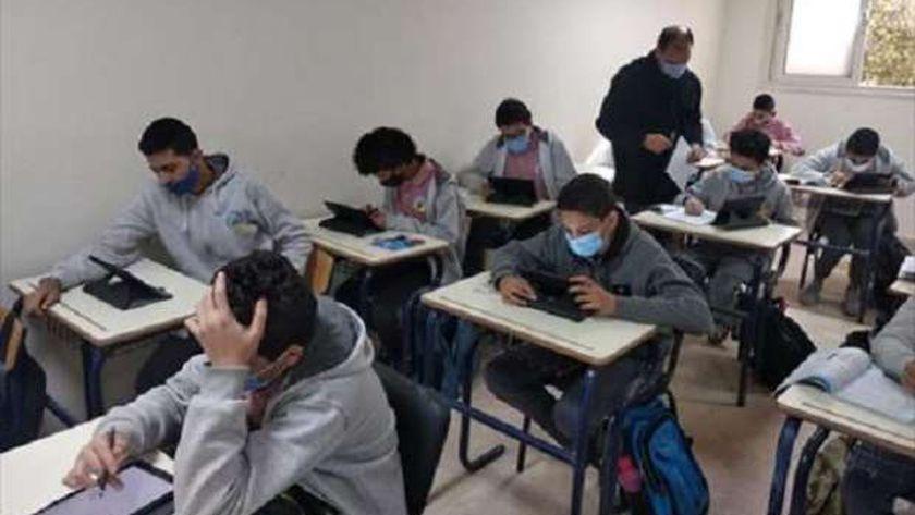 التعليم: لا إصابات بكورونا بين الطلاب والمعلمين 39762610