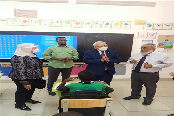 """وفد من وزارة التربية والتعليم يبحث إمكانية التعاون المشترك مع جيبوتي """"تفاصيل"""" 41575"""