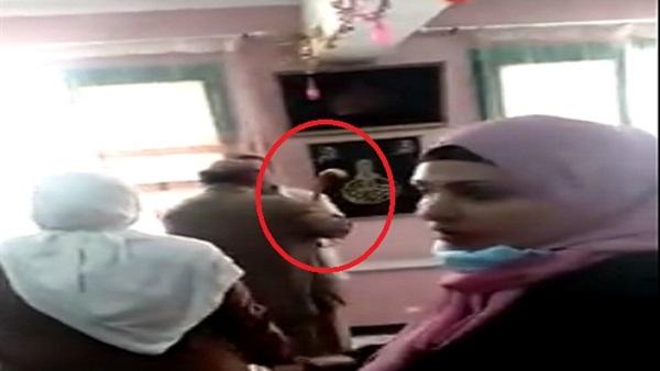 عاجل .. أول رد من التعليم على اعتداء محام على مديرة مدرسة بالعصا داخل مكتبها 43513