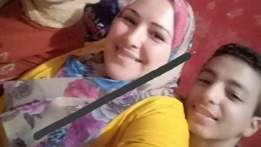 وفاة معلمة بمدرسة ميت عساس بكورونا  44292