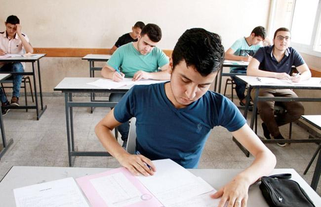 عاجل l   تأجيل امتحانات الطلاب المصابين بكورونا بكامل درجاتهم 44296