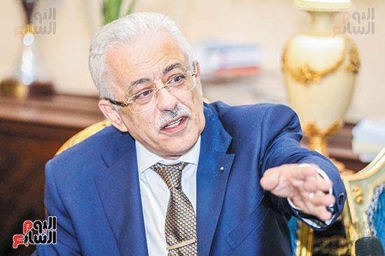 بعد سقوط السيستم.. وزير التعليم يرد على الشامتين 50227-19