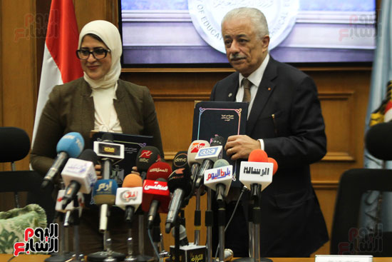 آخرها تعليق الدراسة.. التعليم  تكشف عن  3 سيناريوهات حال ظهور كورونا في مصر 53325-10