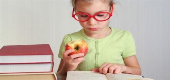 للأمهات.. 8 أطعمة تزيد من تركيز أبنائهم في فترة الامتحانات 54100