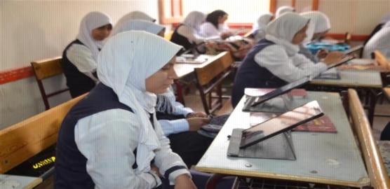 تباين آراء طلاب أولى ثانوي حول امتحان اللغة العربية.. لم نستفد من الكتاب والأسئلة مش متعودين عليها 54141