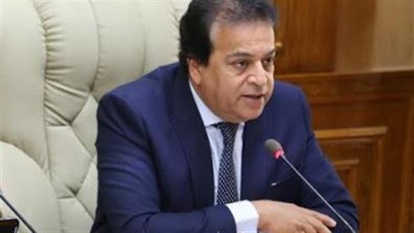 وزير التعليم العالى يحذر طلاب الجامعات: اللي هيسقط على حسابة 59421