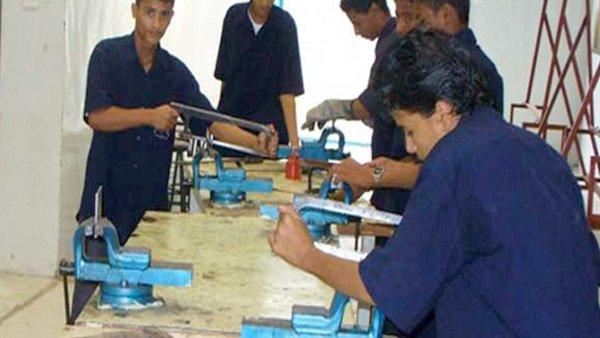 تغيير مناهج التعليم الفني حتى يتلائم مع إحتياجات الدولة وسوق العمل 66011