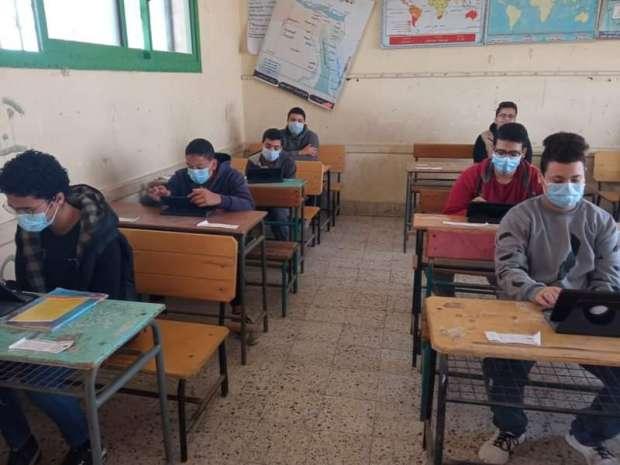 اليوم.. بدء امتحان شهر أبريل التجريبي للثانوية العامة 3 أيام بالمدارس  68087110