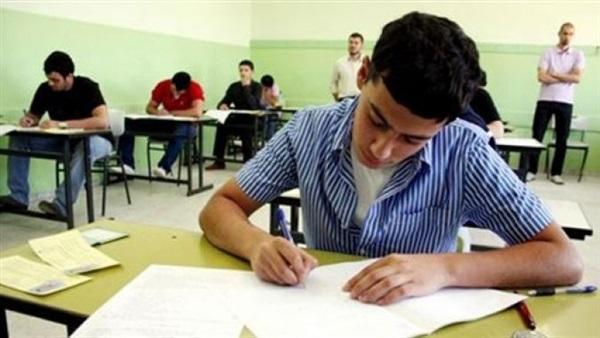 """إجراءات حماية طلاب الثانوية العامة من فيروس """"كورونا"""" باللجان 68411"""