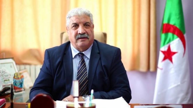 الجزائر.. وزير التعليم العالي يطالب بإستعمال الإنجليزية في الوثائق الإدارية والرسمية 7-150010