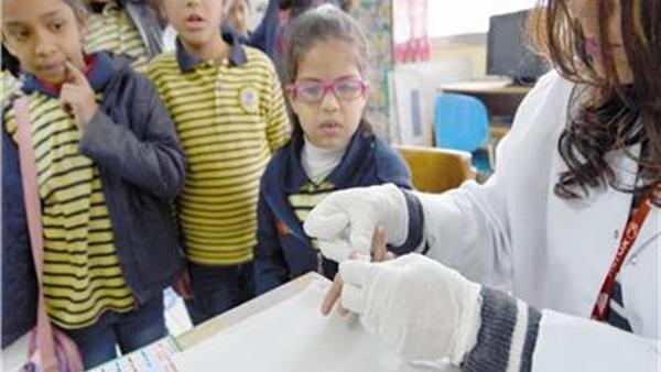 الطلاب بخير.. 5 إجراءات عاجلة لحماية الطلاب من الأمراض المعدية والتنسيق مع الصحة لتطعيم الالتهاب السحائي  70310
