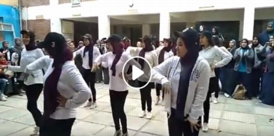 مقطع فيديو لتمارين داخل إحدى مدارس البنات على أغاني المهرجانات يثير الغضب على وزارة التربية والتعليم 7349