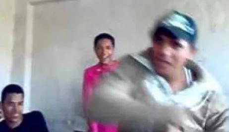 طالب يشعل النيران فى مدرسة باسيوط انتقاما من الاداره  7422