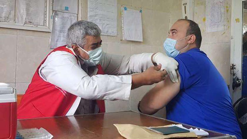خطة وزارة التربية والتعليم لتطعيم المدرسين والاداريين والعمال بلقاح كورونا قبل بدء الدراسة 75965310