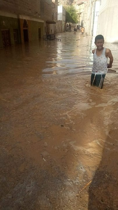 بالصور.. السيول تهاجم أسيوط والمحافظة تعلن حالة الطوارئ 81660-10