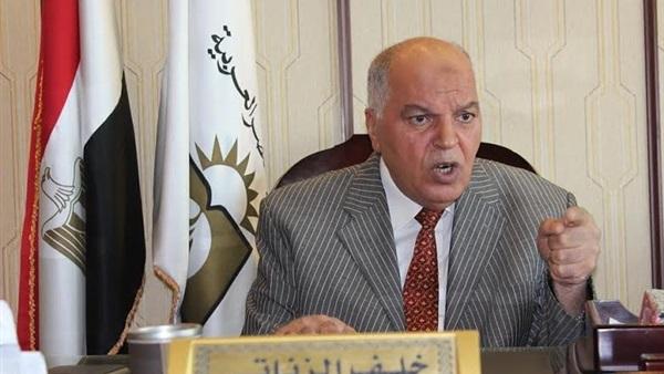 الزناتي يطالب بتغليظ عقوبة الاعتداء على المعلمين 82525