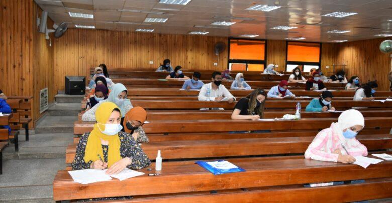"""إجراءات الجامعات لامتحانات الفصل الدراسي الاول """"تفاصيل"""" Ac1-7810"""