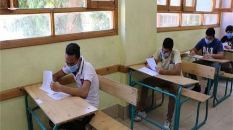 تأجيل الامتحانات إلى نهاية العام أمر وارد.. رسمياُ | القانون يمنح وزير التعليم العالي حق تعديل نظام الامتحانات فى ظل فيروس كورونا  D689b910