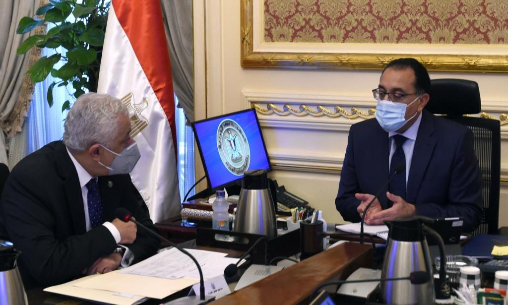 تنفيذا لتكليفات الرئيس.. رئيس الوزراء يبحث مقترحات لسد الفجوة في فصول الحضانات Maxres17