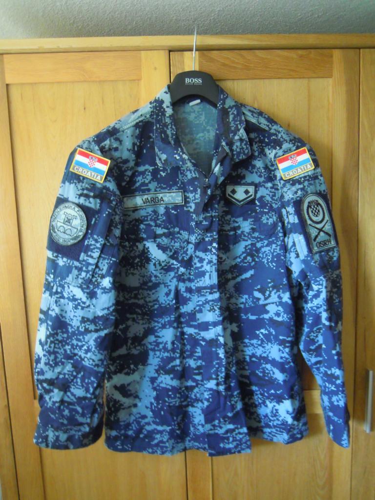 Croatian navy digital-camo shirt fully patched K1024_11