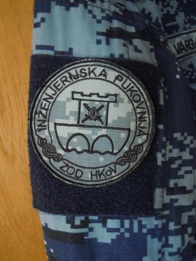 Croatian navy digital-camo shirt fully patched K1024_14