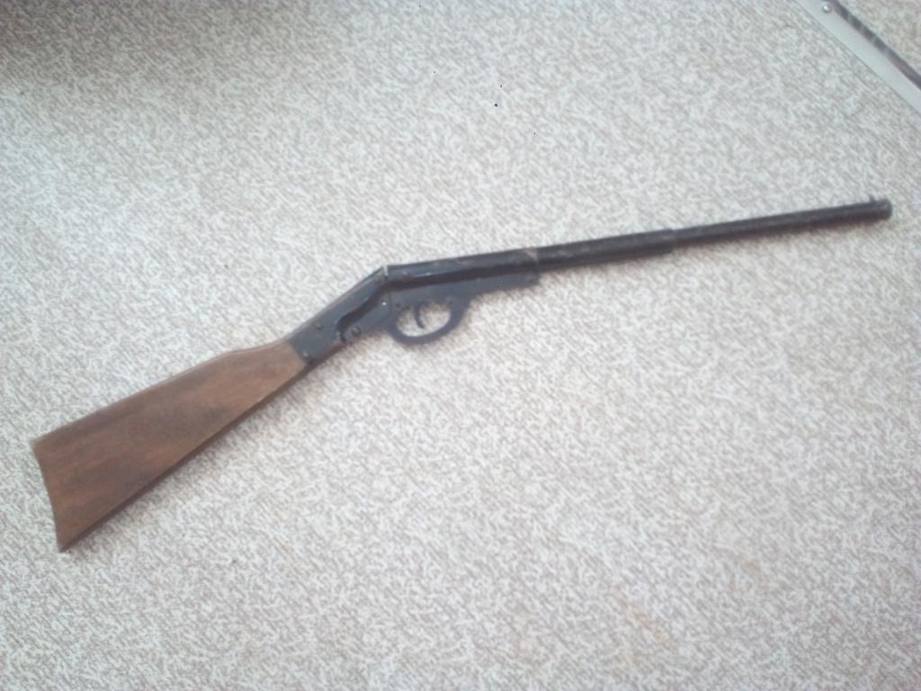Identification arme trouvée dans le jardin  Img_2012