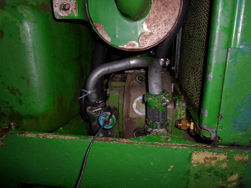 jhon deere 2130 pompe hydraulique qui chauffe Sam_1511