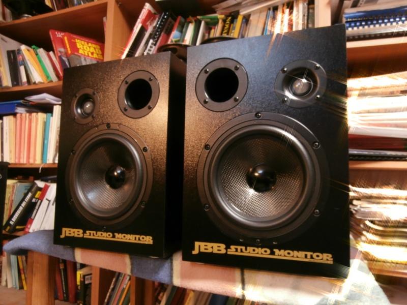 Coppia diffusori max 500€ Jbb0110