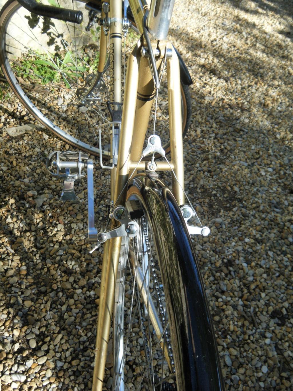 motobecane C3 1977 modifié cyclo-cross - Page 3 Dscf2172