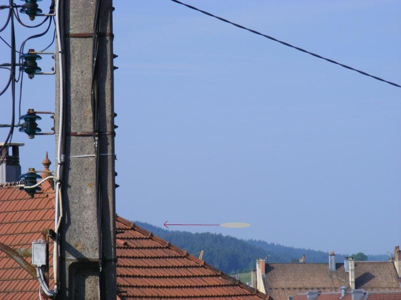 2010: le 29/06 à 08h20 -  genre zeppelin gris brillantUn Ovni de grande taille -  Ovnis à pontarlier - Doubs (dép.25) Simula10